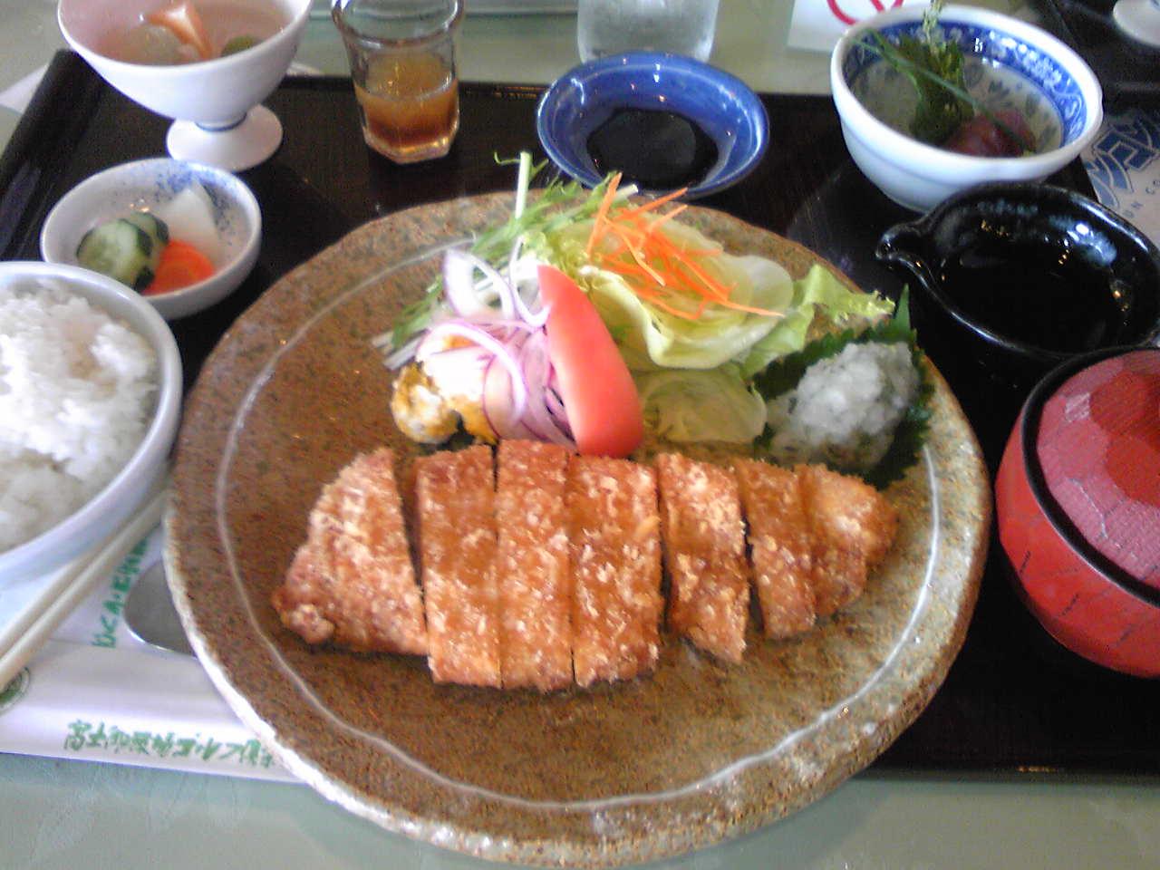 Image036 9/23本日の昼食: 中年オヤジW杯行ってきました!